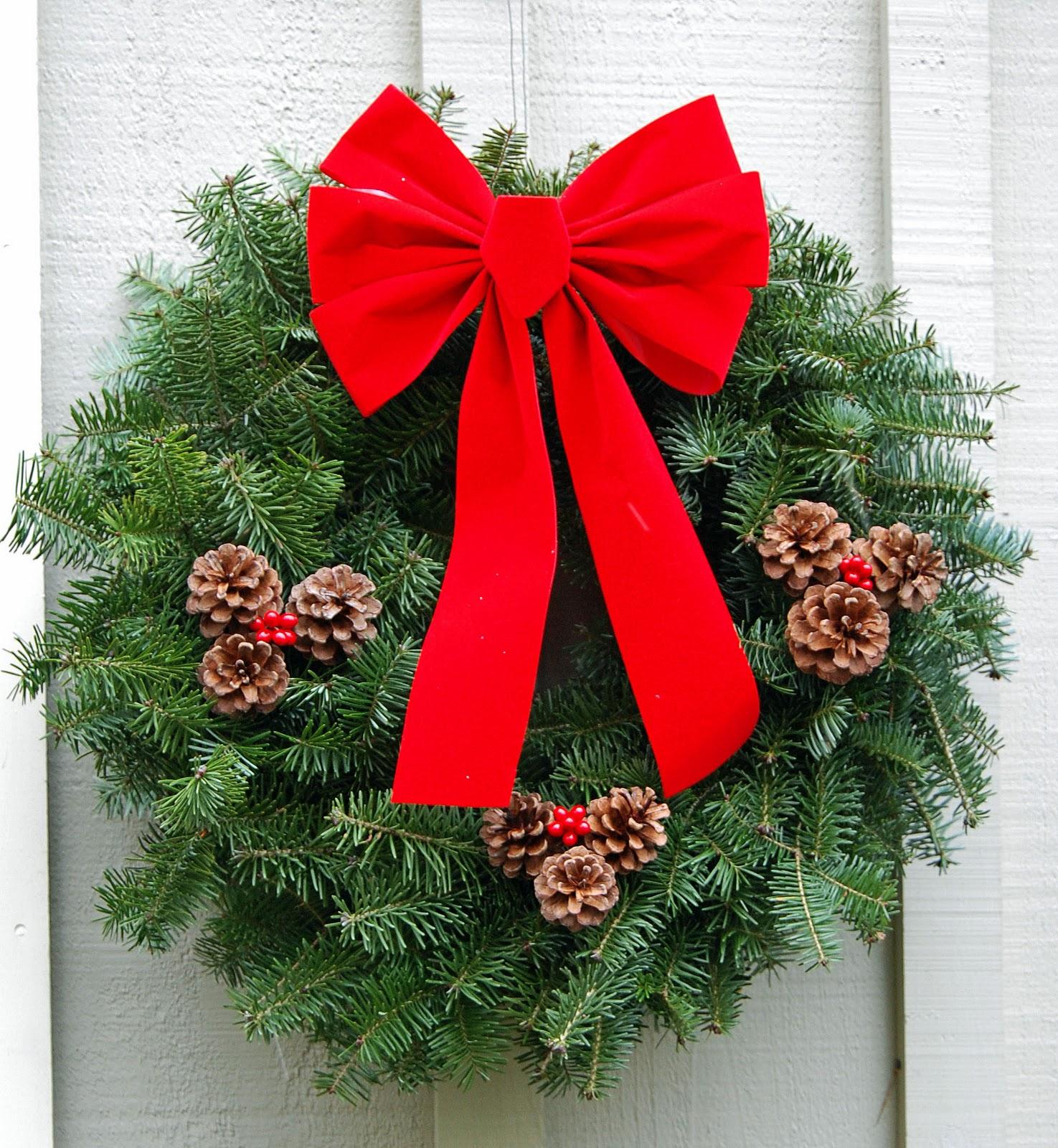 make a christmas wreath as community gardeners kick off the