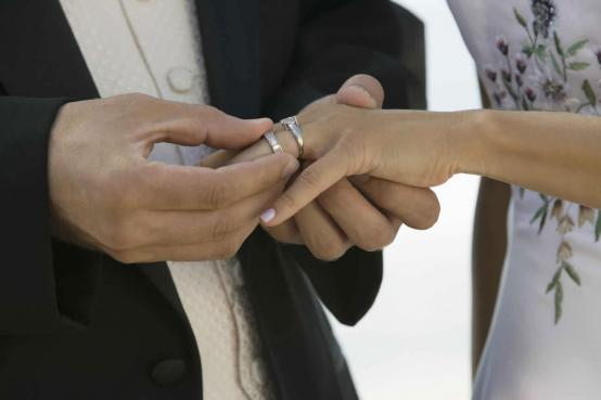 Marriage ceremony with wedding ring