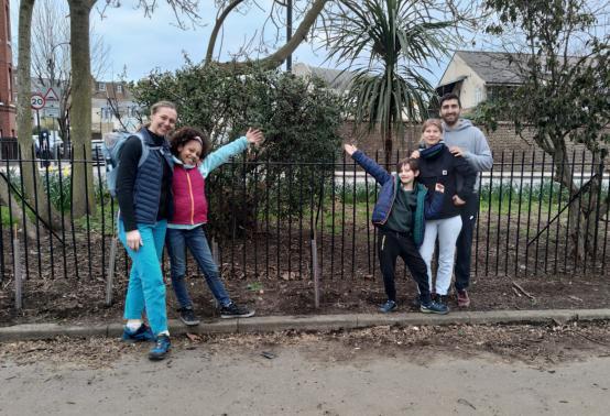 Tree-mendous effort from Fulham pupils at Lillie Road rec