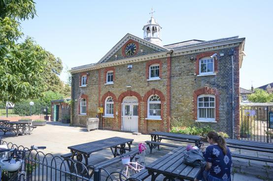Restoration works begin for Ravenscourt Court Park cafe