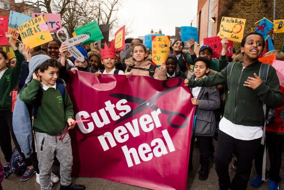 Schools and parents continue the opposition to government school funding cuts