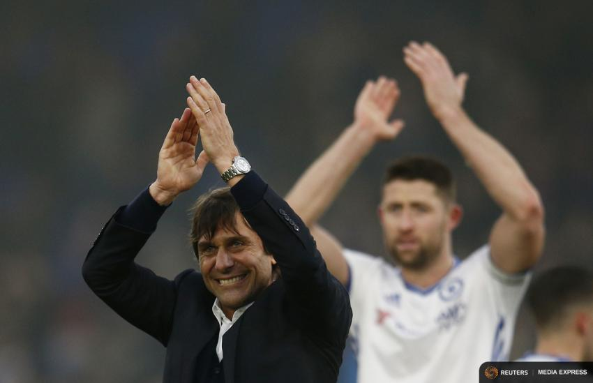 Chelsea manager Antonio Conte and Gary Cahill celebrate their 1-0 win against Crystal Palace