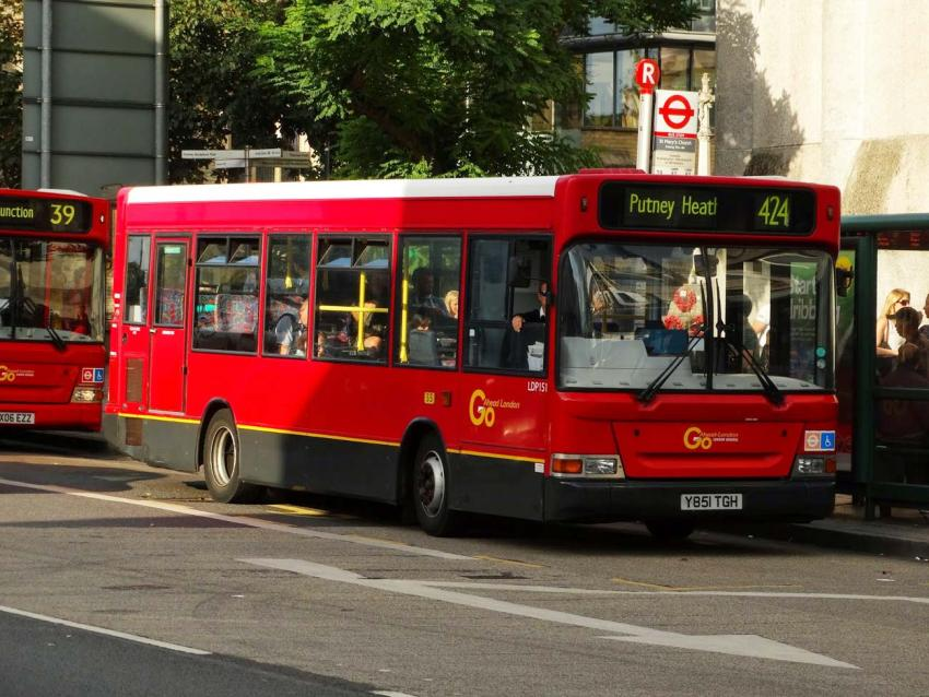 424 bus