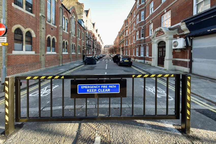 The new gate will stop motorists from rat-running