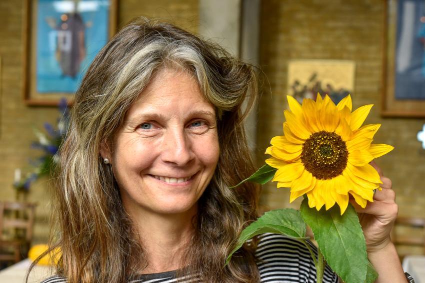 Fulham Horticultural Society member Sarah Finn