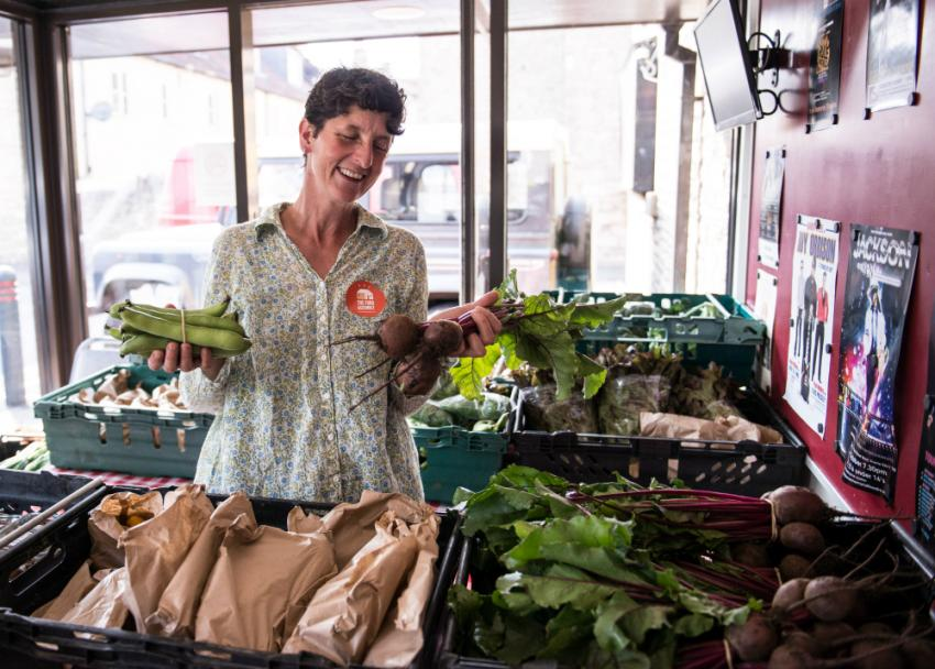 Fulham pub launches fresh new Food Assembly pick up point | LBHF