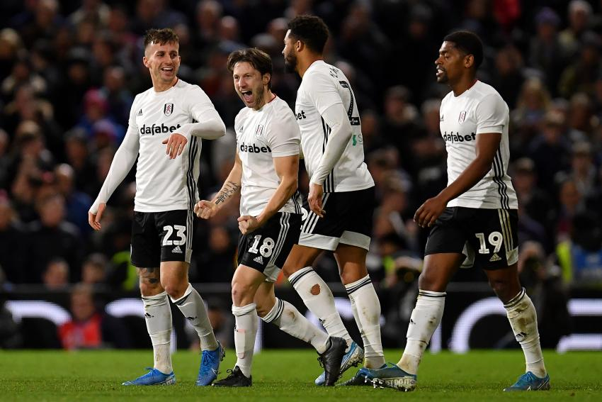 Harry Arter on the pitch with other Fulham players