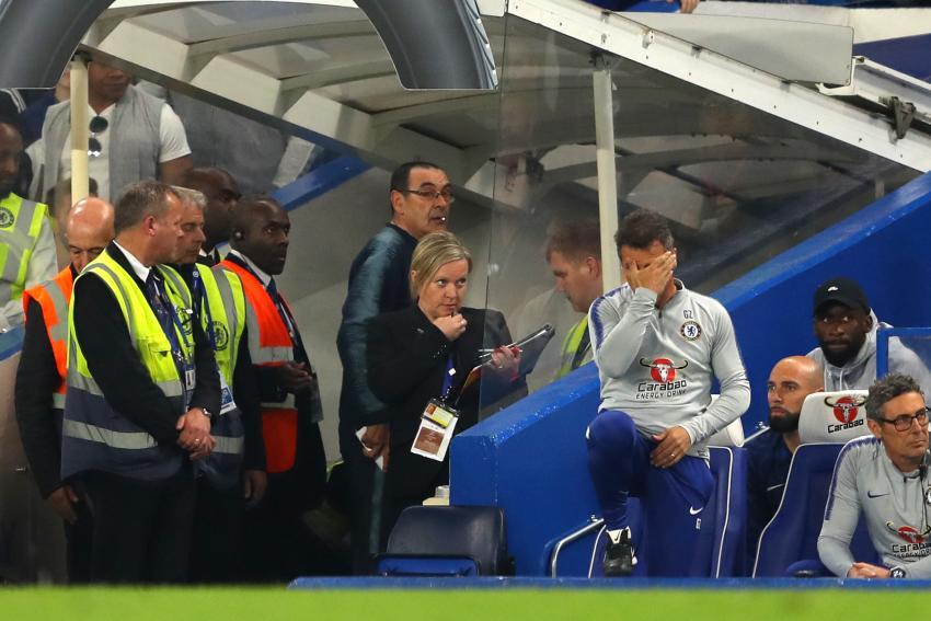 Maurizio Sarri sent off at Stamford Bridge