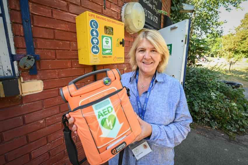 Julie Cavanagh, manager of SEAPIA, with the defibrillator unit in William Parnell Park