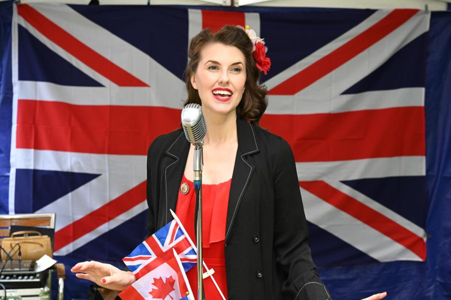 Vintage singer Bunny Nightingale sang wartime songs