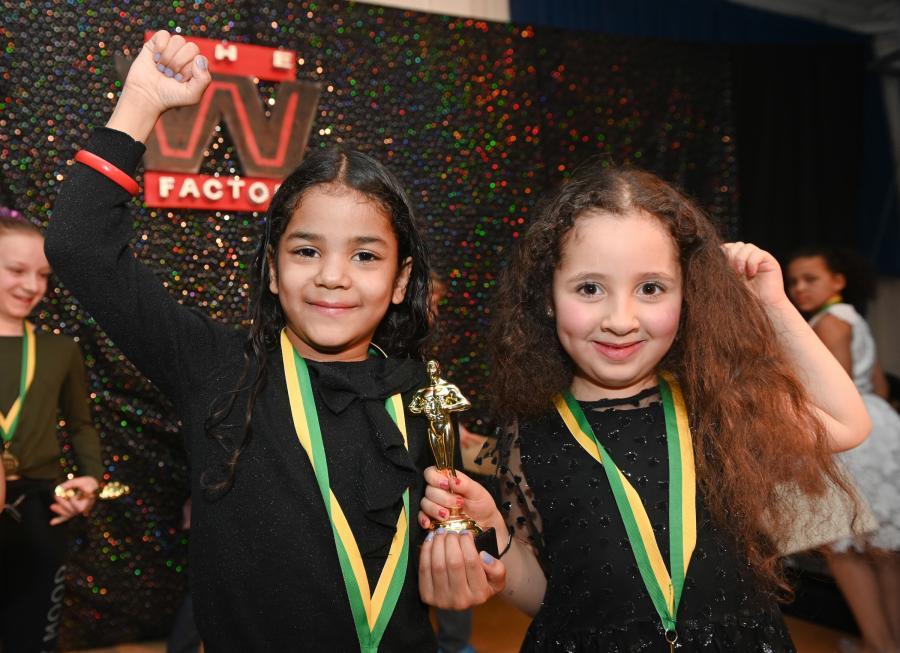 W Factor Yasmin and Alia