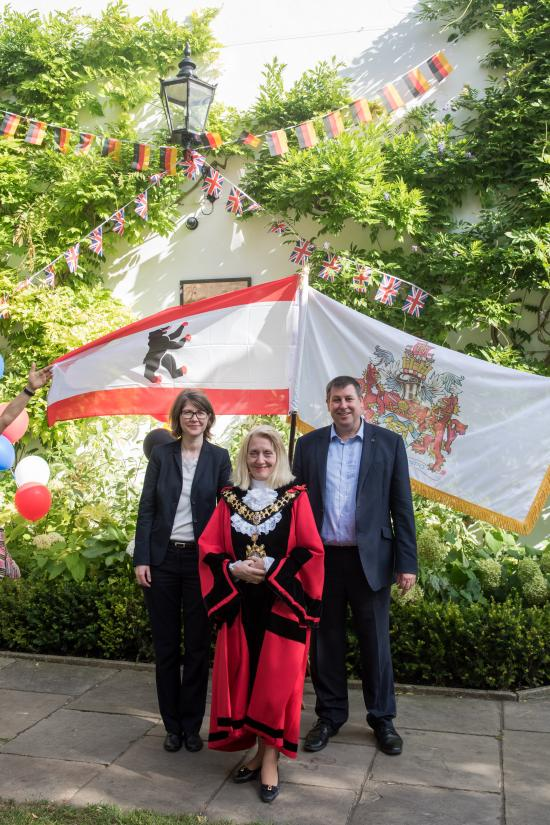 Dr Susanne Franne, Cllr Daryl Brown and Cllr Stephen Cowan posed for photographs in Furnivall Gardens