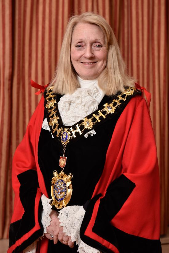 Mayor Cllr Daryl Brown